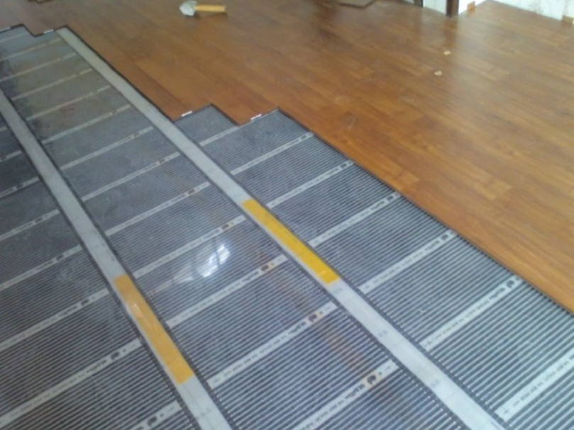Installation of the laminate floor