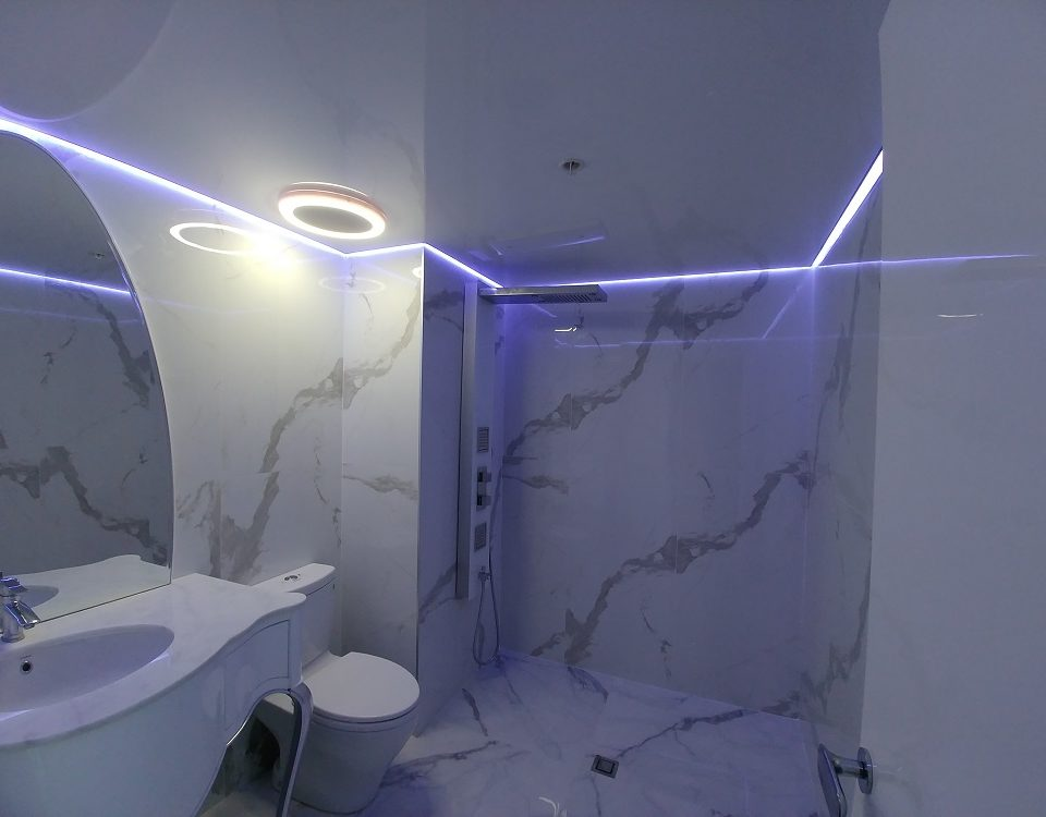 FavoriteDesign-Salle de Bain illuminee-Condo IDS